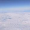 自分流「旅のスタイル探し」。「たまには飛行機にでも乗って、雲の上の散歩などと気取ってみると案外それは気持ちのいいことなのかもしれない」の巻。