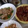 幸運な病のレシピ( 1338 )朝:ハンバーグ、豚ピーマン、イカ焼き(テリテリ)、鮭、カスベ煮付け、サラダバー(ジャガバタ、キャベツ、ブロッコリー)、味噌汁