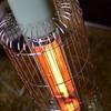 寒い日のお供に。アラジンのグラファイトヒーターを購入しました!点けて即暖まる!