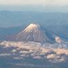 富士山の噴火によって火山灰が噴出すると被害は首都圏から日本全国、さらに世界にまで及んでしまう!