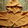 私の古着から1970年代モンゴメリーワードのものと思われるパーカーをご紹介。見た目やタグの特徴、着こなしなどを書きました