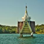 「サンクラブリー」、「カオ レーム湖(Khao Laem Lake)」をボートトリップにて寺院巡り!!