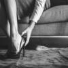 【女性が抱える冬の悩み】ガサガサかかとの原因とは?