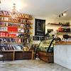 バンクーバー おすすめカフェ ⑧ Aperture Coffee Bar in Mount Pleasant 小さめなかわいい何かするのに良さげなcafe。