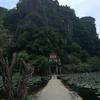 【ベトナムの古都ニンビンを観光】陸のハロン湾ことタムコック渓谷へ!!