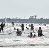 """#442 湘南の夏、緊張の夏…コロナで海開きなし 遊泳者とサーファー入り乱れ""""無法地帯化""""も"""