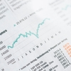 コロナ第2波に備えて、株式から手を引くべきか。