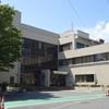 弥富市立図書館を訪れる