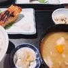 ランチ日記 #104 茅場町の和食しら田で焼き魚と豚汁