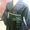 生徒さん~同僚に袴を着付けてあげるぞーおさらいレッスン(^▽^)/