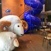 キッズスペースが楽しいカフェ&ホステル「kokotel(ココテル)」@チョノンシー