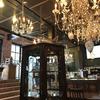 三宿の「THE GLOBE」はアンティーク・ヴィンテージショップとカフェが融合した、おしゃれカフェ。平日はまったり、優雅な時間が過ごせます