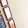 壁に穴を開けずにフォトフレームを飾る方法-超強力両面テープ-