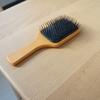 無印良品の木柄頭皮ケアブラシ(ヘアブラシ)で艶髪に変わった。