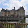 パリ発1日旅行 前泊のすすめ:フォンテーヌブロー宮殿観光がお得になる!