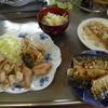 幸運な病のレシピ( 960 )朝:鳥モモ悪魔風(ニンニク多めバージョン)、塩サバ、味噌汁増量