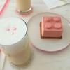 【韓国・弘大(ホンデ)カフェ】ピンクと白が可愛いオシャレカフェ!!ピンクのレゴケーキも可愛い!!