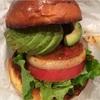 出前でファストフードが楽しめる!バーガーズカフェグリル「フクヨシ」のハンバーガー