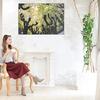 施工が簡単で軽量な壁掛けアルミフレーム。優しい印象を与えるオシャレで癒しのある部屋にインテリアコーディネイト。