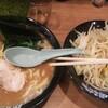 一人ボウリング30ゲームして食べる『町田商店』のラーメンの感想…。運動した後は何でも美味しくなるのが良いよね~。