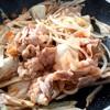 カンタンレシピ★野菜のケチャップ炒めと卵でオムライスもどき