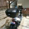 アドレスV125にGIVIのモノロックケースを取り付け、そしてヘルメットをARAI SZ-Ram4にしたよ