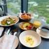 【フォーシーズンズホテル東京大手町】素敵すぎるプール&ルームサービスと朝食を紹介します。