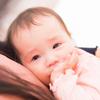つらい産後の胸の張りのピークはいつ?ケアの方法と先輩ママたちの声