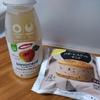 バタービスケットサンドとアップルジュース