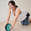 腹筋ローラーの確実な使い方を学ぼう!子供でもできる方法や腰を痛めにくいやり方など