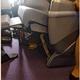 飛行機内で就寝中に、座席上の棚に入れた荷物から現金を盗まれる「機内窃盗」に注意