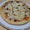 週末ピザ屋さん 嫁手作りのミックスピサ。