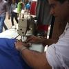 ミシンのスピードMAX!!ネパールのTシャツ作り