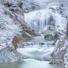 山形県、冬の滝巡り(楢山不動滝、双間滝、関山大滝)