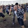BABYMETALのライブ時にKORNファンがモッシュを始める!!