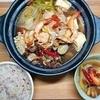 【お腹スッキリ、消化不良が気になる人へ】塩分控えめ薬膳鍋の作り方。