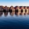ノルウェーのロフォーテン諸島で、白夜の中を歩いてみたい夢がある