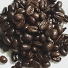 コーヒー豆をそのまま食べるなら焙煎度合が大切。念のため、健康面を検証します。