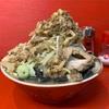 【 家二郎  】 極太ブラック麺