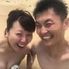 裸ん坊な、のりけん夫婦。
