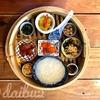 【タイ】フォトジェニックな朝食 ワクワクする店内!バンコクヤワラー通りのおしゃれカフェ「ロン・トウ・カフェ」