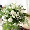 花束をもらったらやるべきこと。長持ちの為の賢い飾り方。