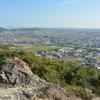 三木城攻めで秀吉が戦況を眺めたとされる太閤岩(兵庫県加古川市)