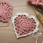 編み図あり|ハッピーバレンタイン♡にハートのドイリー