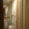 洗面所の壁紙と床の張り替え