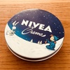 ドイツのNiveaも冬季限定缶、とかお買い物にて。