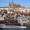 プラハ ウィーンは着飾った中世ならプラハはすっぴんの中世