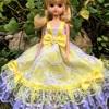 黄色のドレス