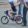 子供の初めての自転車のサイズは家の前の道路の幅で決める