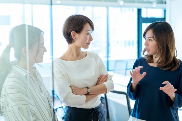 「ミレニアル世代」と「Z世代」は何が違う?特徴、働き方、仕事に対する価値観をチェック